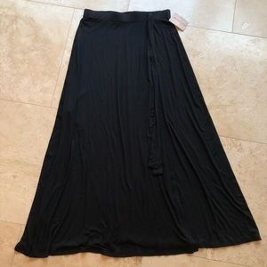 Faux Wrap A-Line Skirt with Attached Tie in Black